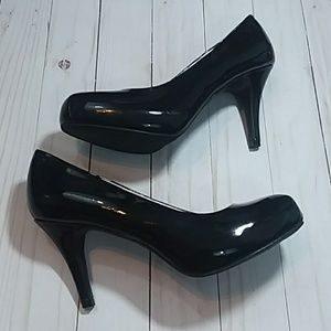 """Mossimo Black Patent Leather 3.5"""" Heels"""